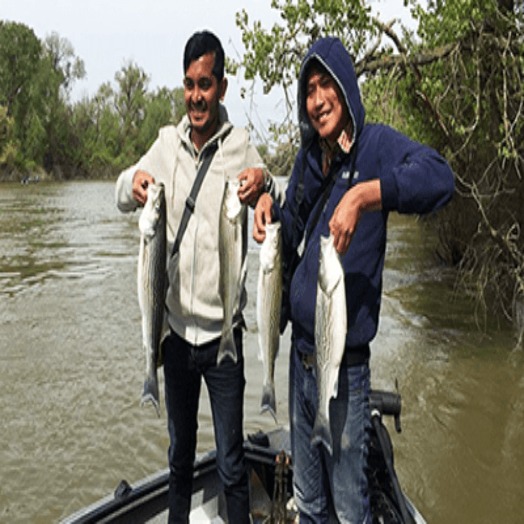 Fishers with their fishes