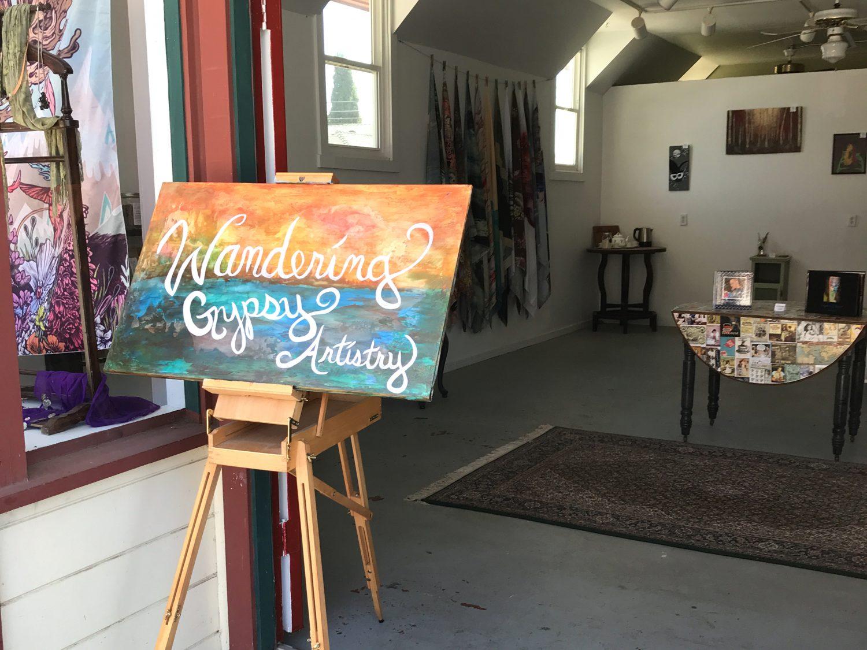 Art gallery shop in Isleton