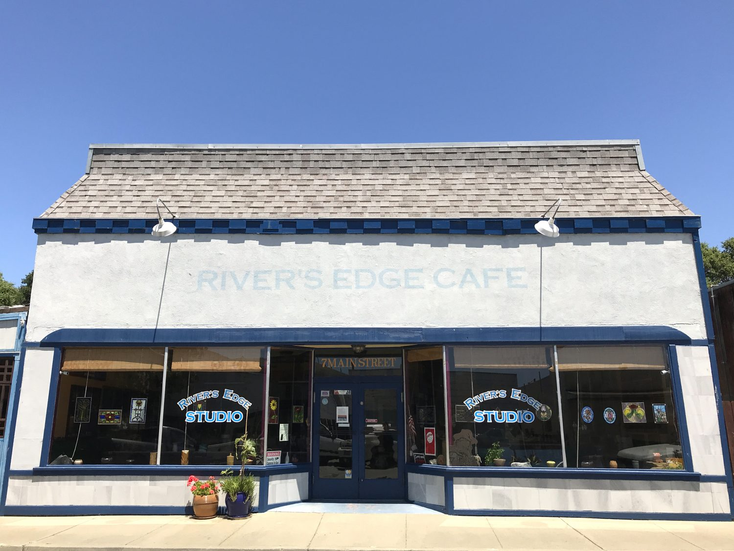 River's Edge Cafe storefront view