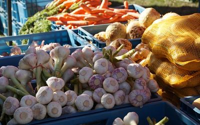 Farmers' market produce and goods